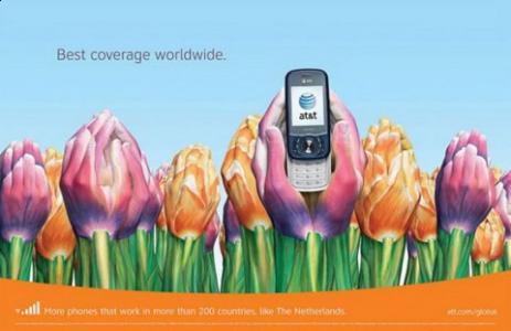 Plakaty są elementem promocji marki wśród konsumentów.